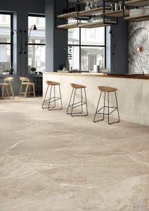 Foto 7. Een kalksteen imitatie. Deze natuursteen (de échte) wordt vaak gebruikt bij beeldhouwen