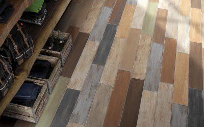 Foto 9. Prachte keramisch hout alsof de tegels geschilderd en afgebladderd zijn