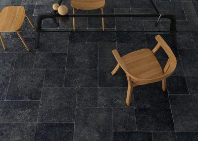 Foto 2. Keramisch hardsteenlook 60x60 met grove getrommelde rand