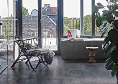 Foto 7. keramische hardsteenlook die niet van echt hardsteen is te onderscheiden